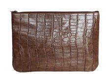 Grande pochette zippée chocolat cuir façon croco